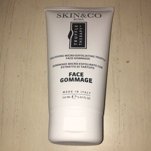 4/$20 Skin & Co Face Gommage